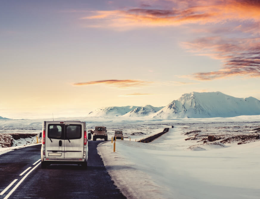 Guide to driving in Iceland in winter